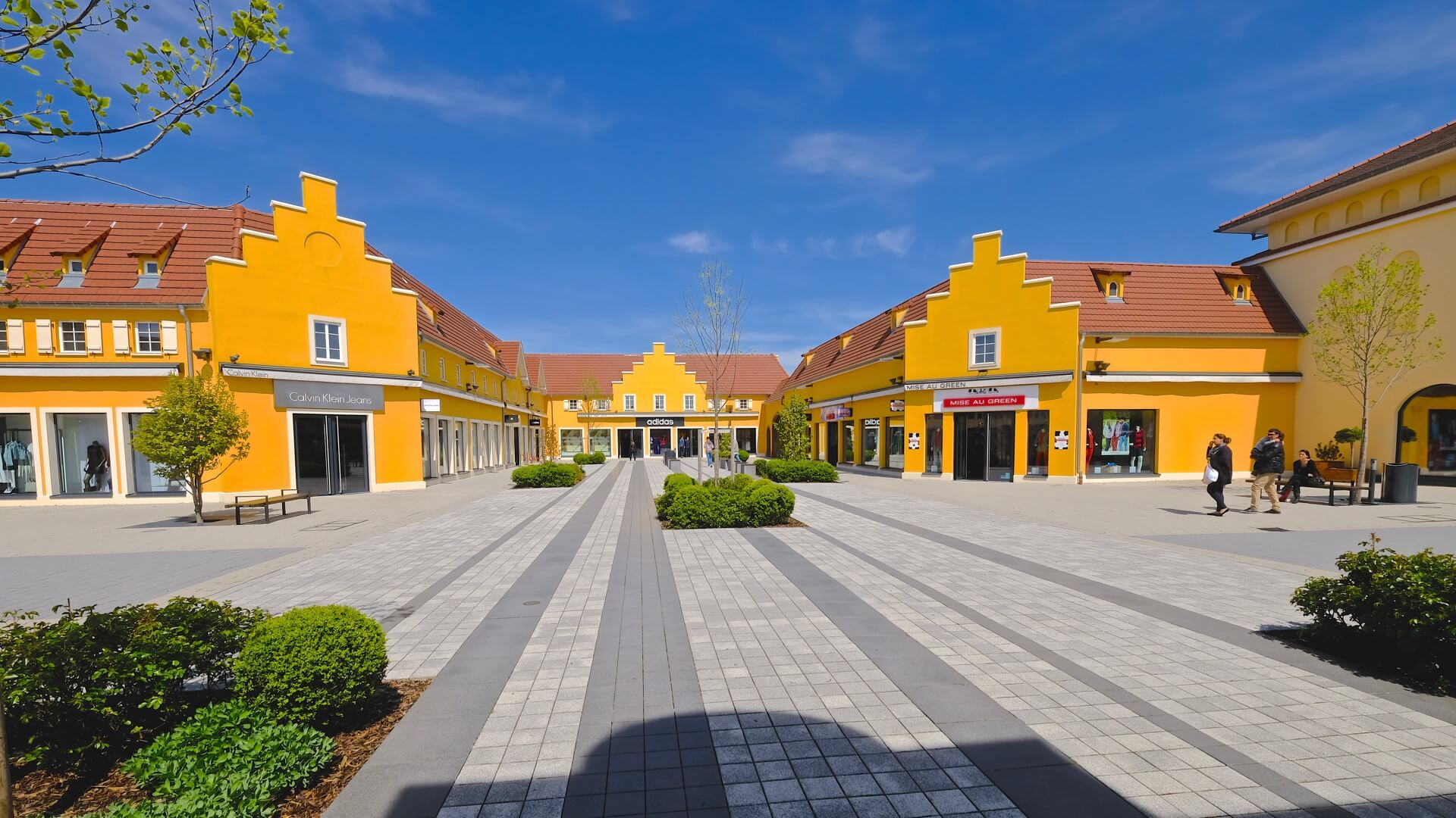Outlet Center Roppenheim im Elsass Mode & Style