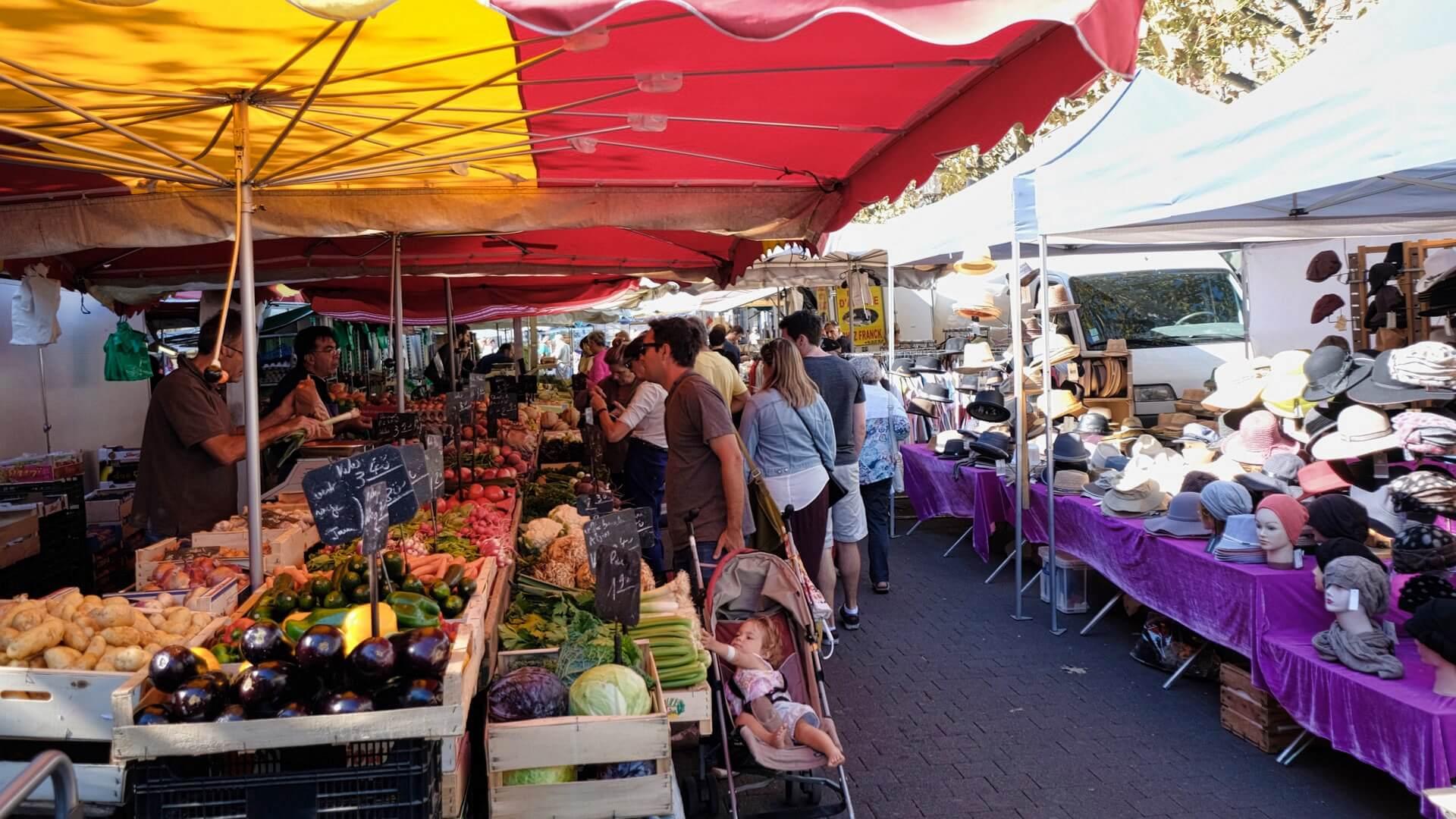 Markt in Straßburg - Wochenmärkte -Infos & Impressionen
