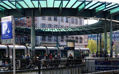 Parkplätze und Parkhäuser in Straßburg. Belegung in Echtzeit.